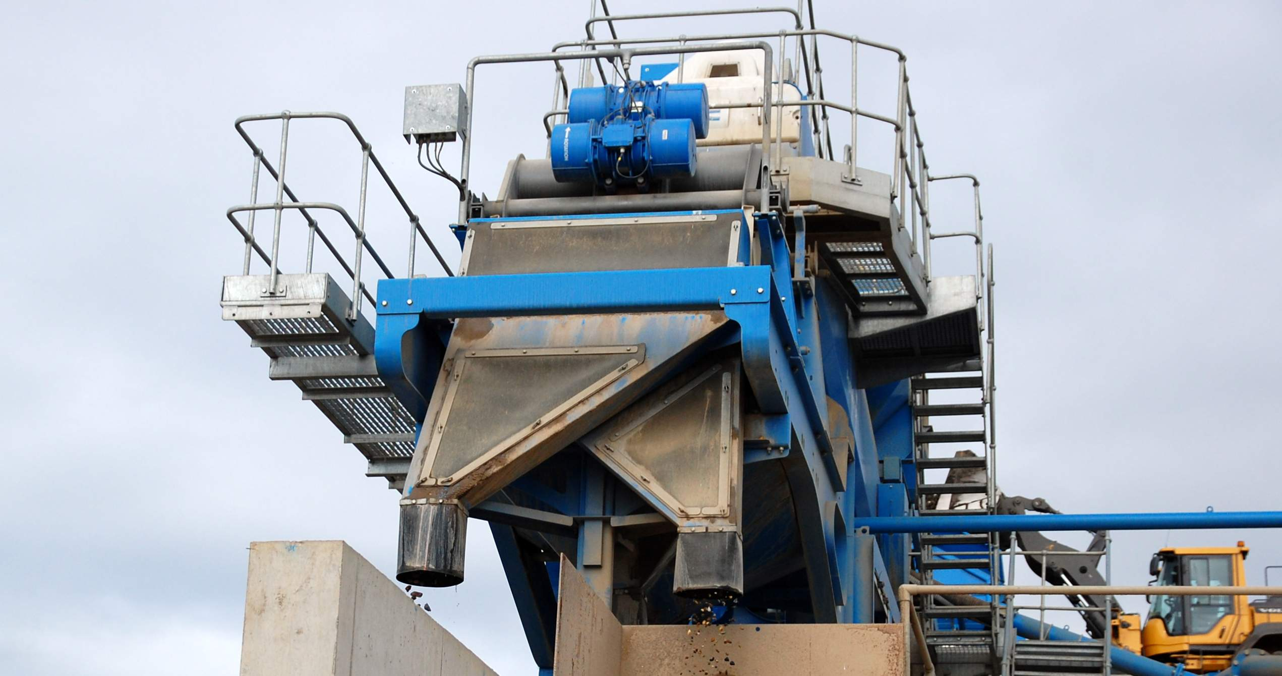 Aggregate washing plant at Canford Recycling Centre